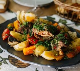 Домлама с говядиной и сезонными овощами