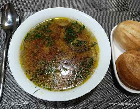 Грибной суп с лапшой и курицей в мультиварке