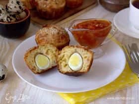 Кексы с беконом и перепелиными яйцами