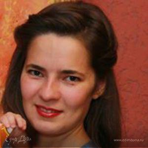 Лариса Романова
