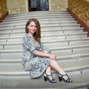 Аня Найданова