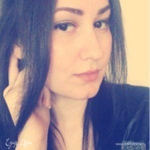 Наташа Корсакова